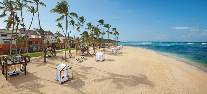 Don't miss the party of your life at Breathless Punta Cana Resort & Spa!  Book now to nab this crazy Black Friday deal!