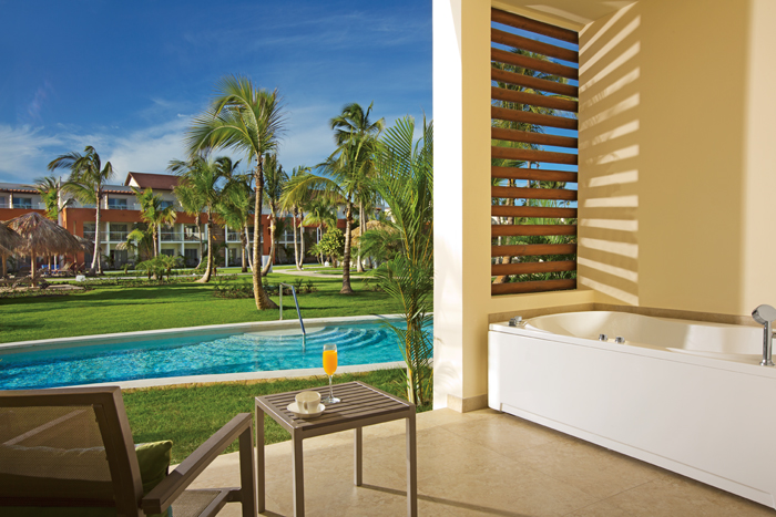 We want you to enjoy your Breathless Punta Cana Resort & Spa getaway feeling 100 percent healthy!