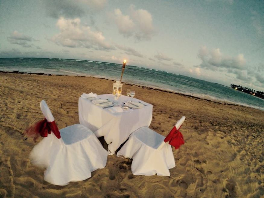 A romantic dinner for two is the perfect way to kick off your Breathless Punta Cana Resort & Spa honeymoon!