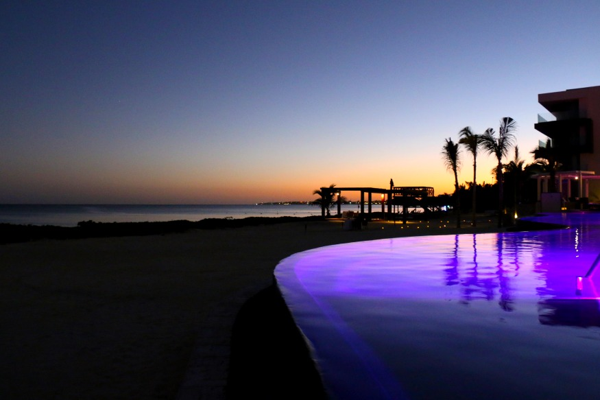 Breathless_Riviera_Cancun_Resort_&_Spa_Sunset_Xhale